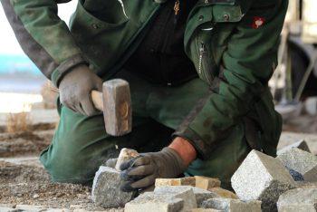 Bauarbeiten mit Arbeiter Nahaufnahme