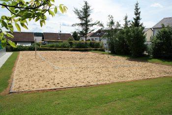 Einzelnes Beachvolleyballfeld