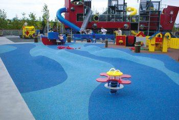 Spielplatz Fallschutzbelag