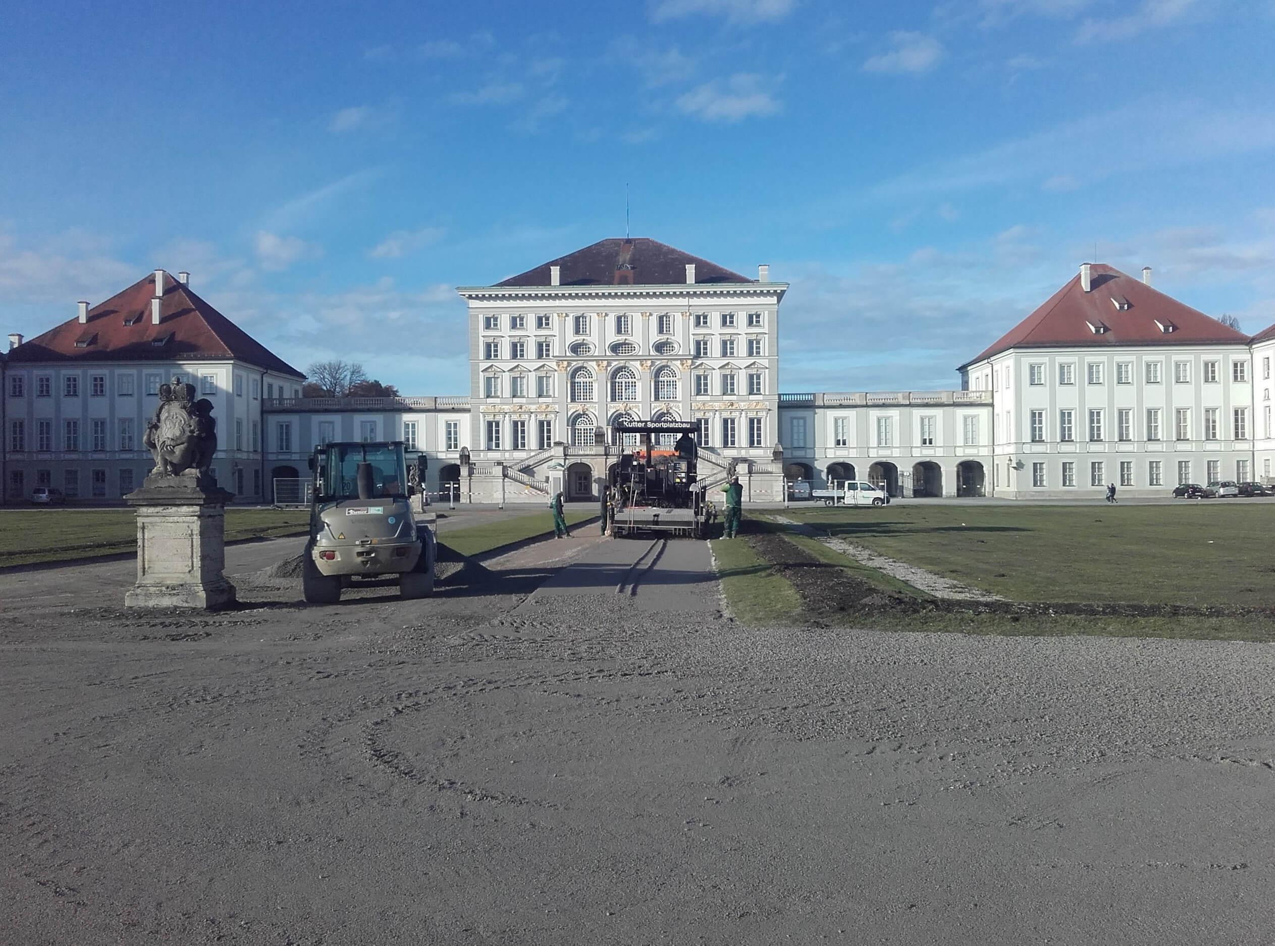 Wegesanierung im Schlosshof